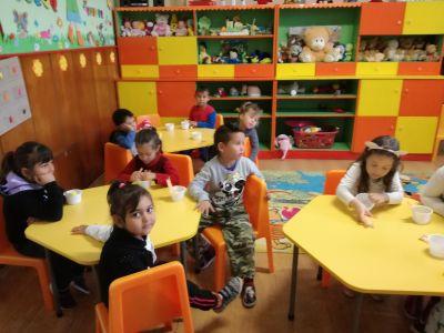 Разновъзрастова група 5-6 год. Мики Маус - Изображение 2